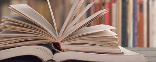 Zwrot wypożyczonych książek oraz podręczników.